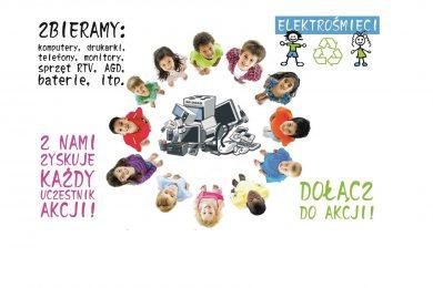 """Grafika przedstawia dzieci stojące w kółko z podniesionymi w górę głowamia po środku nich elektrośmieci. Wokół dzieci napisy : """"Dołącz do akcjii"""", """"z nami zyskuje każdy uczestnik akcjii"""" , """"Zbieramy: komputery, drukarki, telefony, monitory, sprzęt RTV, AGD, baterie, itp."""" oraz mała grafika - napis elektrośmieci a pod nim rysunki chłopca i dziewczynki ze znaczkiem recyklingu pomiędzy nimi."""